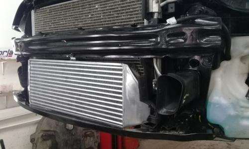 Установка Фронтального увеличенного Интеркулера на MINI Cooper JP R56