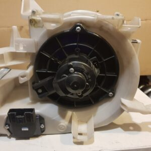 Вентилятор печки в сборе Scion tC 04-10